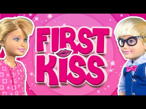 Barbie - Stacie and Max's First Kiss | Ep.62