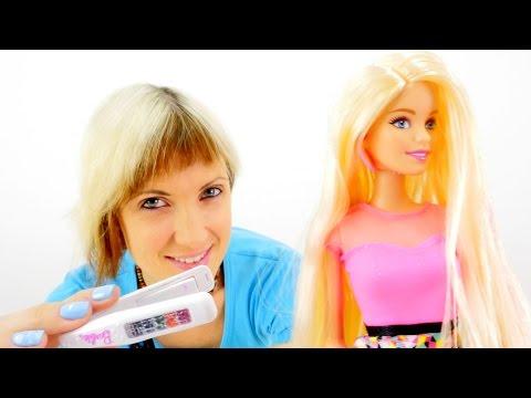 Кукла Барби и Маша. Видео для девочек. Красим волосы кукле. Распаковка Барби с цветными волосами