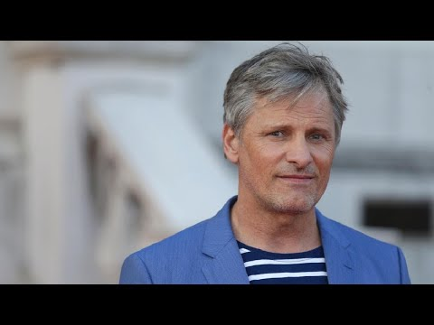 Viggo Mortensen Speaking 7 Languages