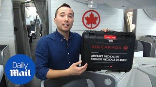 Canadian doctors show how to handle in-flight medical emergencies - Daily Mail Video