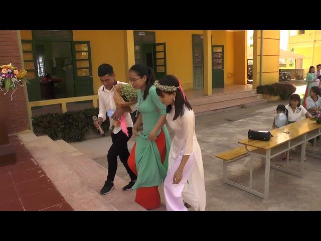 Trường THPT Minh Châu lớp 12A7 tri ân thầy cô