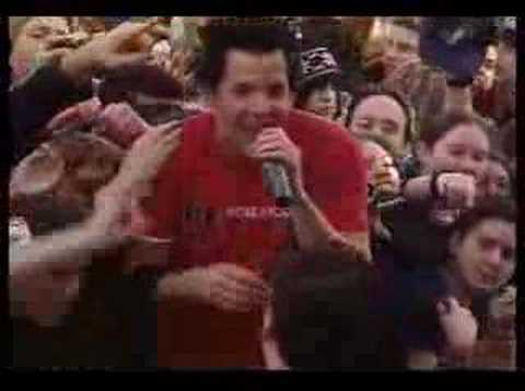 Simple Plan - The Worst Day Ever (Live)