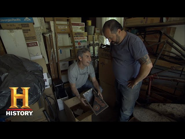 American Pickers: A Garage Packed with Rare Motorcycle Parts (Season 16) | History
