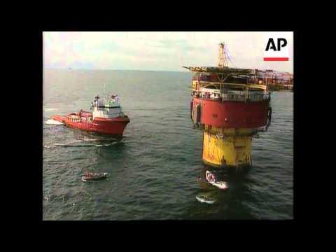 North Sea - Greenpeace Occupy Oil Platform