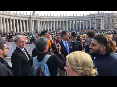 Jim Harbaugh, Michigan arrive at The Vatican for Pope Francis' address