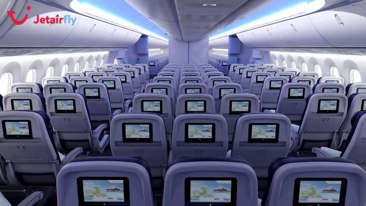 Jetairfly Boeing 787 Dreamliner - YouTube