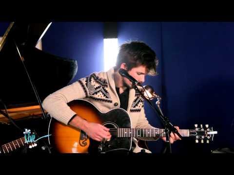 """REVOLVER - """"Wind Song"""" Pour Les Purecharts Live"""