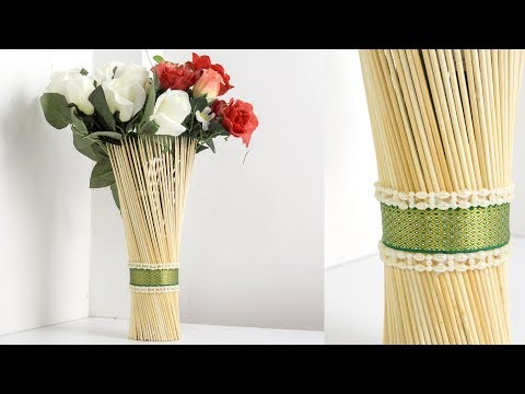 5 Minutes Craft with Barbecue Sticks: DIY Decorative Flower Vase