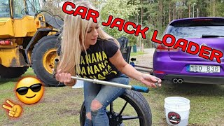 JACKING UP WITH MY LOADER - wheel cleaning Angelica Larsson