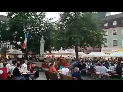 Akşam ezanı Almanya