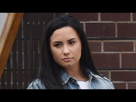 Instagram Fat Shames Demi Lovato! Mp3