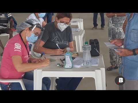 Buritis: idosos acima de 70 anos comparecem para receber a primeira dose contra a Covid-19