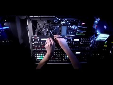 Distanz Elektron Liveset (1h Melodic Techno)