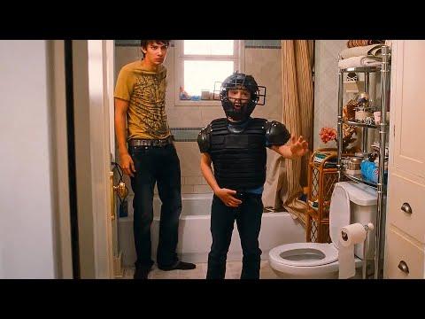 Greg Really Has To Pee Scene - DIARY OF A WIMPY KID (2010) Movie Clip