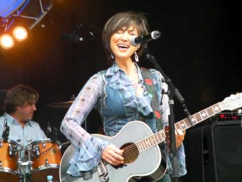 Pam Tillis - Don't Tell Me What To Do #5-1991 - Sweetheart's Dance.MP4