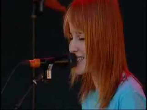 Paramore - When It Rains  (Acoustic Live)