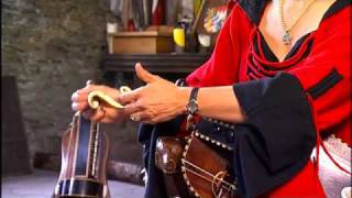 """Learning to play the hurdy-gurdy"" DVD: Basic requirements for playing melodies,  Springtanz"
