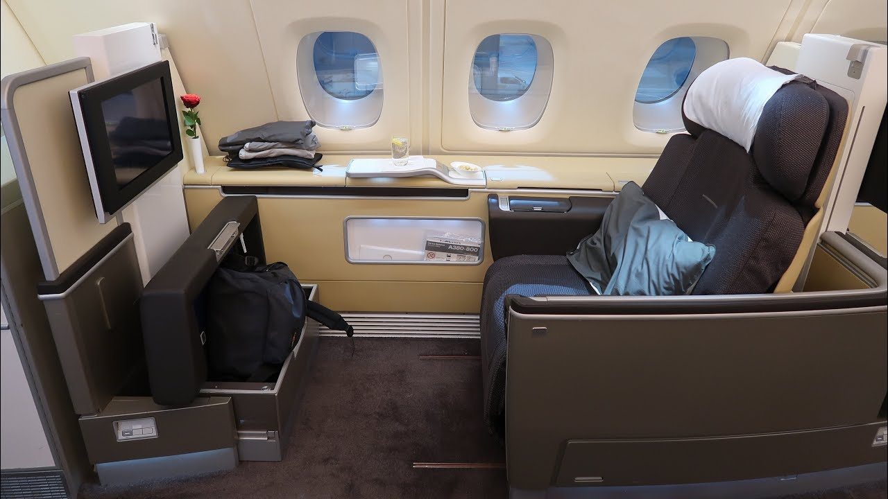 lufthansa a380 first class frankfurt to bangkok first class terminal youtube. Black Bedroom Furniture Sets. Home Design Ideas