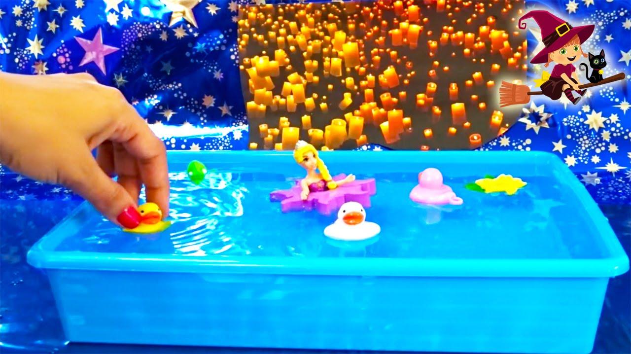 Rapunzel y pascal juguetes de ba o youtube - Juguetes de bano ...