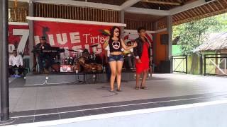 Download lagu Frida Angella konser at Tirtania waterpark MP3