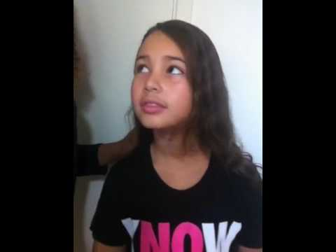 9 year old sees Jesus, and he tells her to warn everyone that he is coming back soon.
