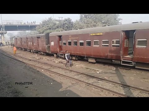 Gonda Jn. arrival and departure.. MG side view from BG train on 5-1-2016