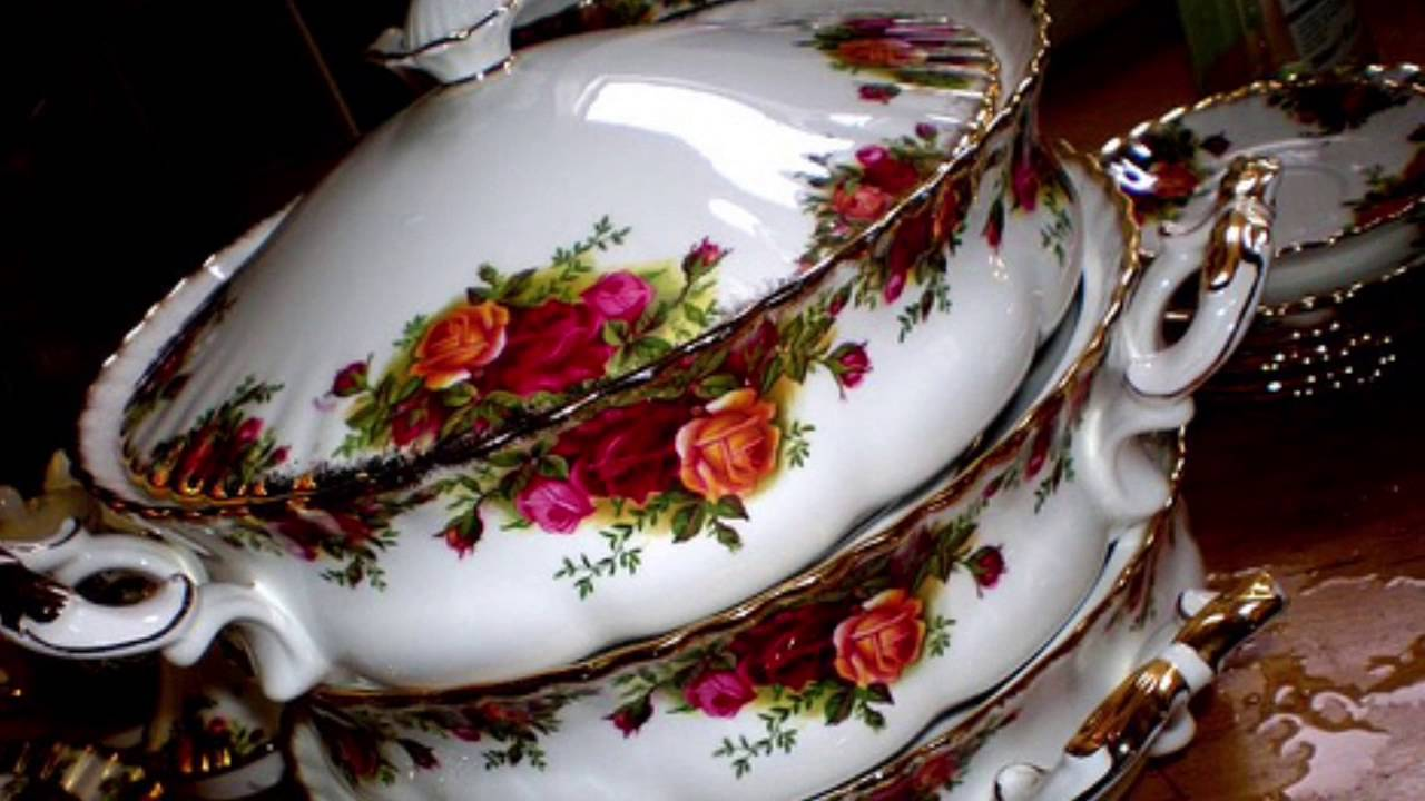 Royal Albert Old Country Roses New u0026 Old Fine bone ChinaSAM & Royal Albert Old Country Roses New u0026 Old Fine bone ChinaSAM - YouTube