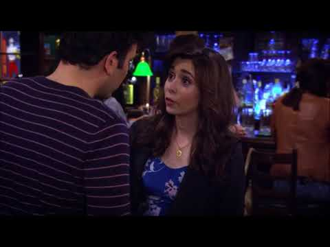 Tracy's Pregnant Scene (How I Met Your Mother)