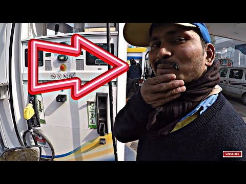 😱FILLING ₹ 10 Petrol in DUKE 390 | EPIC!! REACTIONS