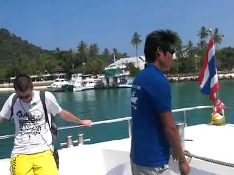 TON SAI PIER DAY TRIPPING IN PHI PHI ISLAND |A VERY HOT DAY IN KRABI THAILAND |