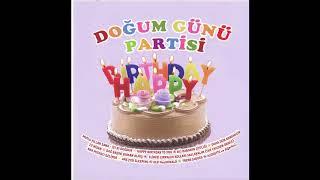 We Play Şarkıcıları - Happy Birthday to you  (Split - track)