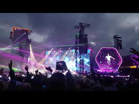 Coldplay - A sky full of stars (live Ullevi Gothenburg 170625)