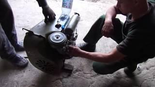 Двигатель уд2 запуск1(Пробуем запускать мотор, который простоял в гараже лет 30., 2015-08-05T06:28:49.000Z)