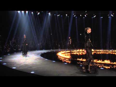 Roberto Cavalli Fall/Winter 2014-2015 Fashion Show