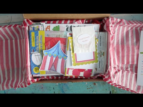 The Letter Bee Box - Stationery, PenPals & Journals - July Unboxing