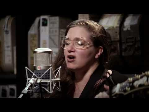 Jolie Holland & Samantha Parton  Make It Up To Me  11282017  Paste Studios, New York, NY