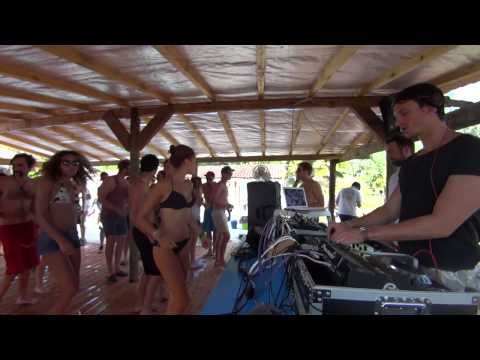 The deep brothers @ Candyhouse showcas pool party
