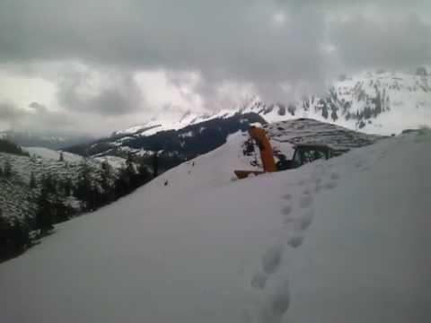 AEBI TT 95 mit Schneefräse Zaugg