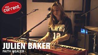 Julien Baker - Faith Healer (live performance)
