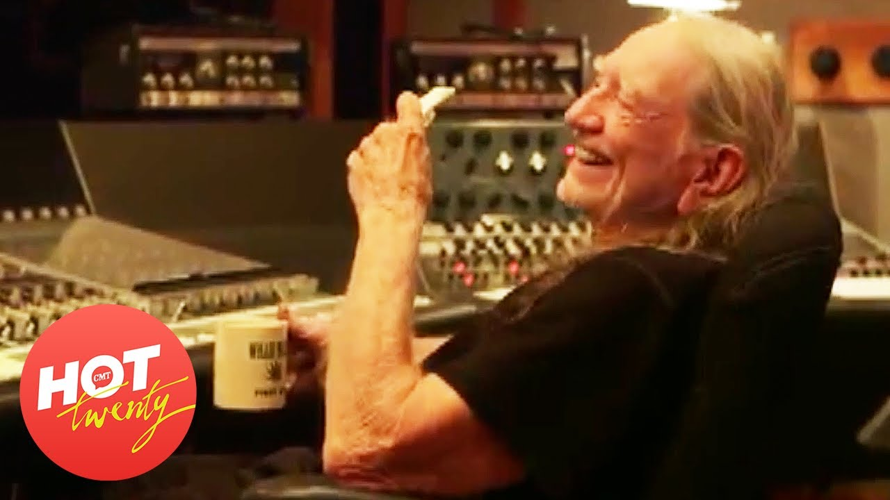 Words of Wisdom from Willie Nelson | Hot 20 | CMT