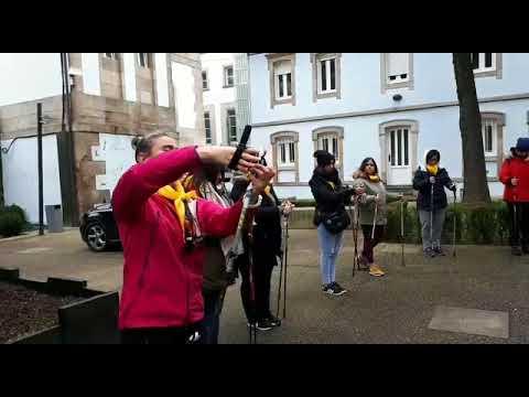 Medio centenar de lucenses aprenden a facer marcha nórdica