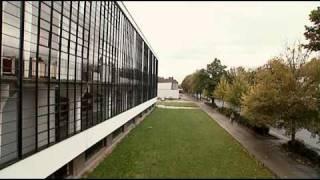 Repeat youtube video The Dessau Bauhaus | 01/23