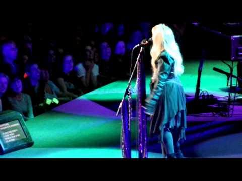 Fleetwood Mac - Dreams (June 1, 2015 @ Ziggo Dome, Amsterdam)