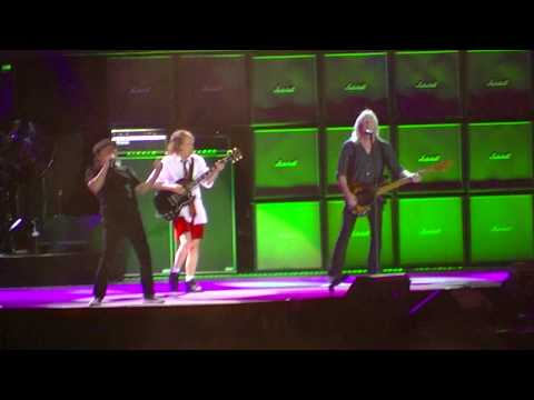 AC/DC Live at Wrigley Field, Chicago, Tuesday September 15, 2015 - part 2