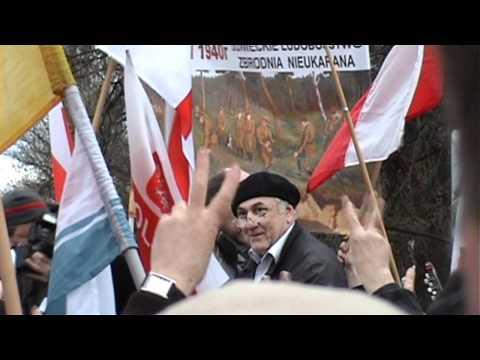 Relacja -  ambasada Rosji - przemarsz na Krakowskie Przedmieście