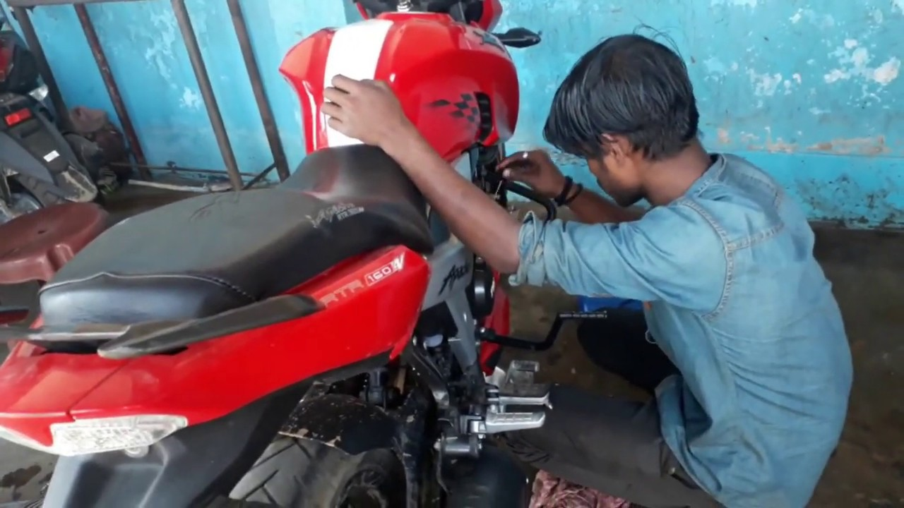 bike First Servicing - TVS Apache RTR 160 4V | Experience | Engine Oil  Change | Service Charge