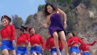 Bhayo Kasto Kasto - Jamuna B.C., Ramji Khand Ft. Parbati Rai | New Nepali Lok Dohori Song 2017 thumbnail