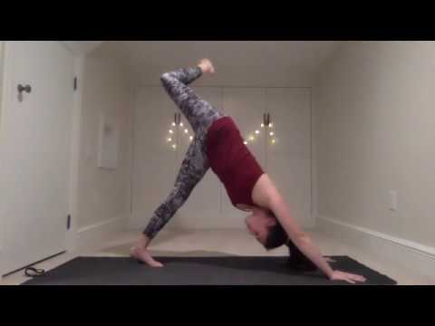 Candlelight Vinyasa with Julia - 60 Minutes