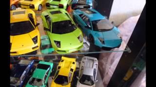 New Display Cabinet Collection Ferrari, Lamborghini 1 18