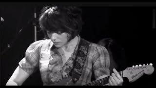 Norah Jones  ♦  Tell Yer Mama ( Lyrics )